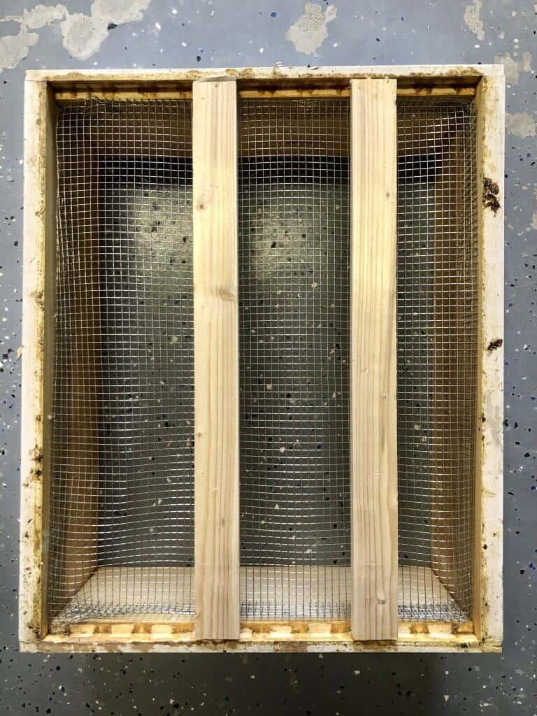 DIY Bee Hive Green Roof 2